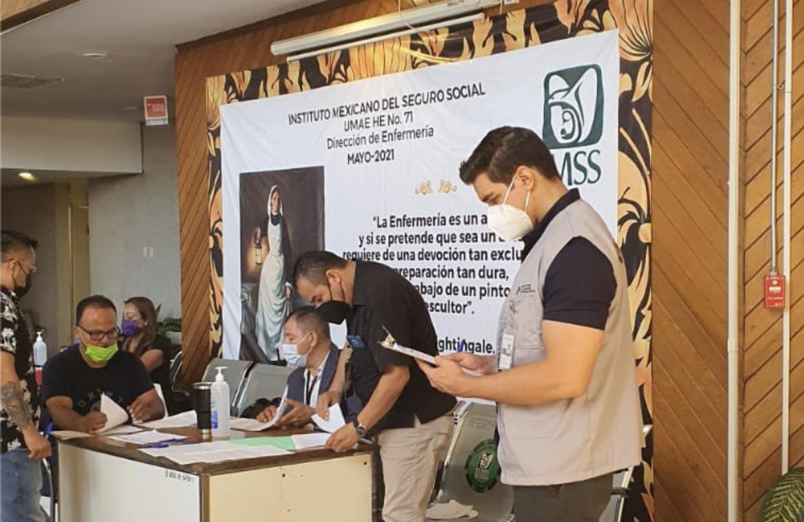 Comienza la legitimación del contrato colectivo del IMSS, donde participan 446 mil trabajadores